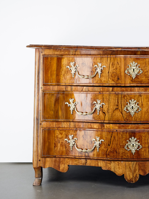 Commode L XIV dauphinoise.jpg